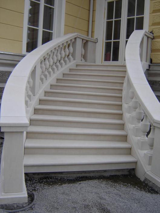 Treppe Vratza