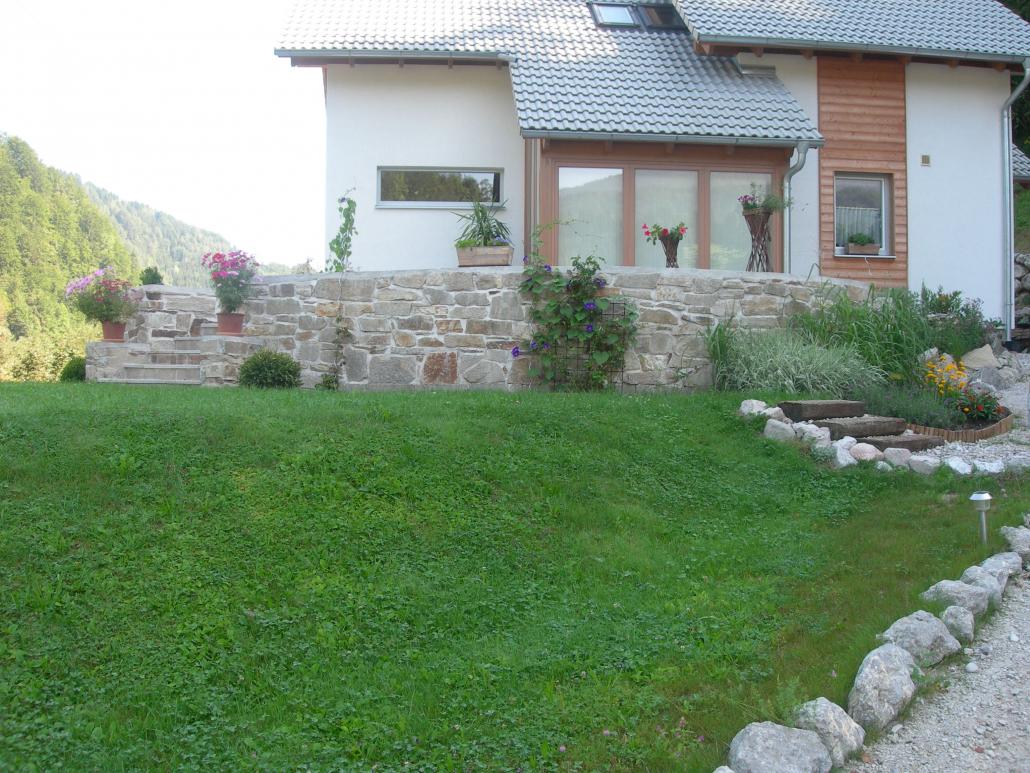 Mauersteine Donauquarzit